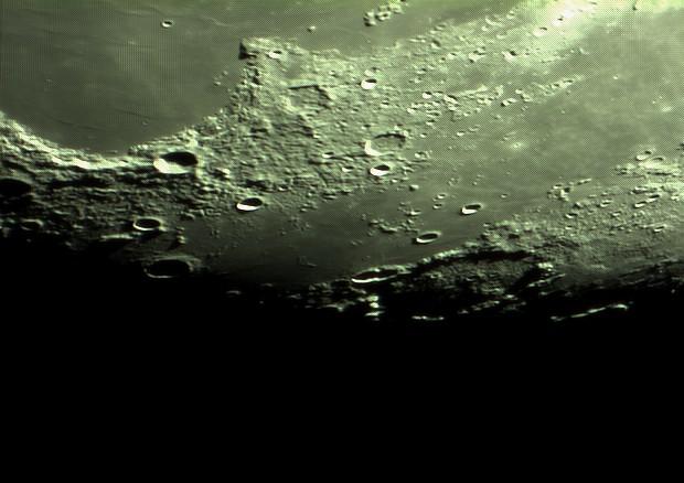 lune nouvelle série Captur25