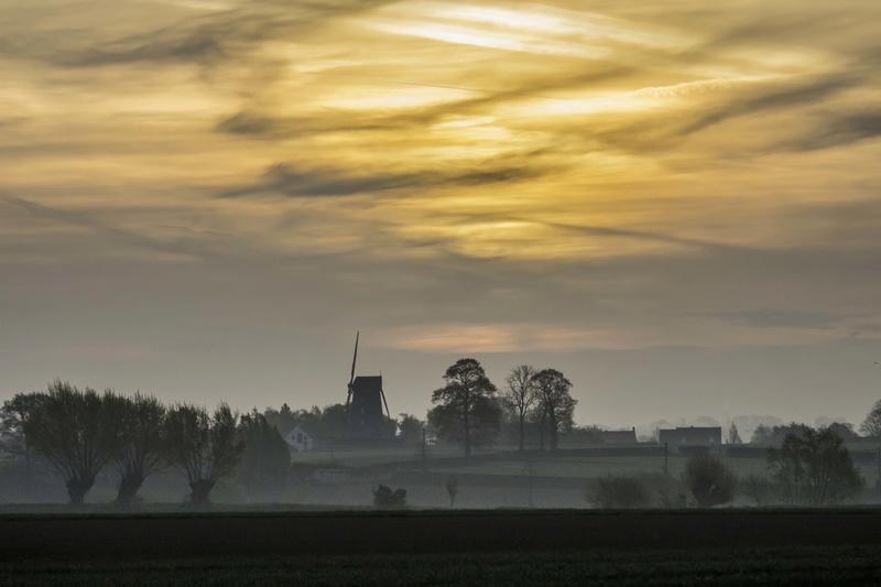 levée de soleil sur moulin N2 Moulin17