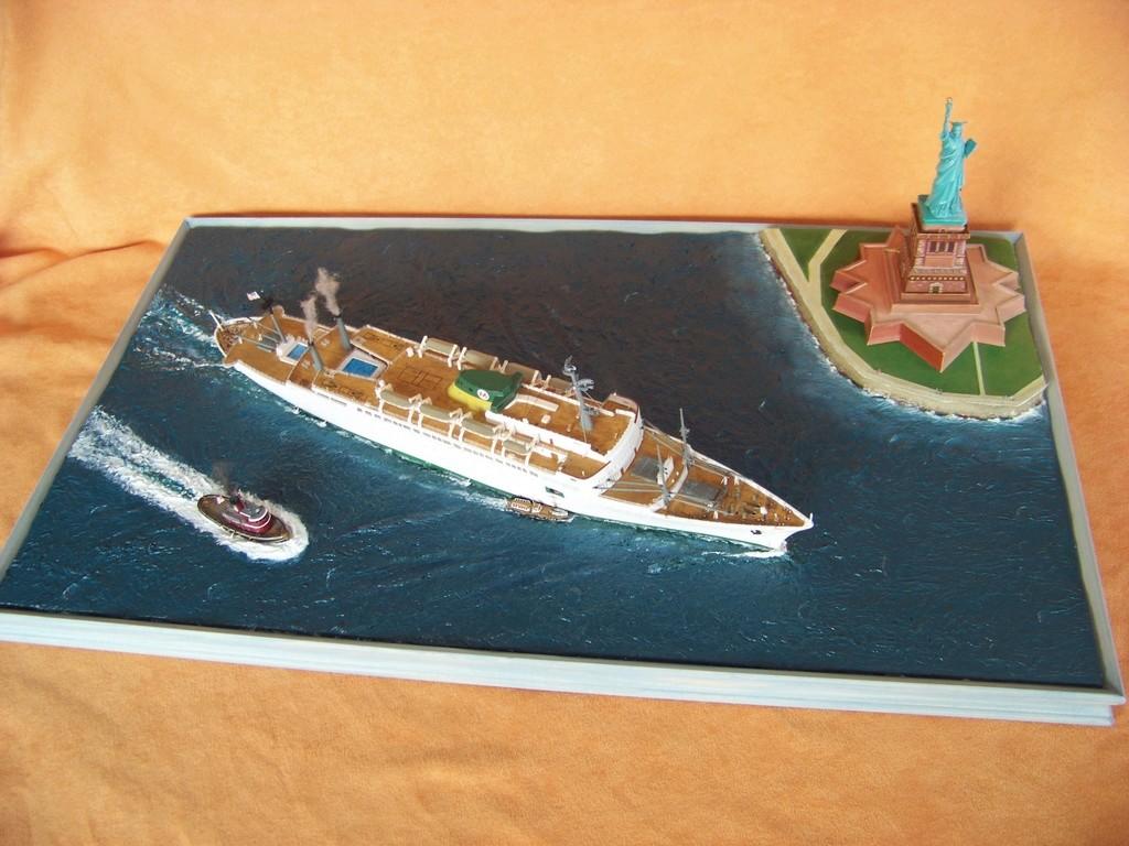 Paquebot mixte SS Brasil au 1/400 Revell  - Page 5 100_9420