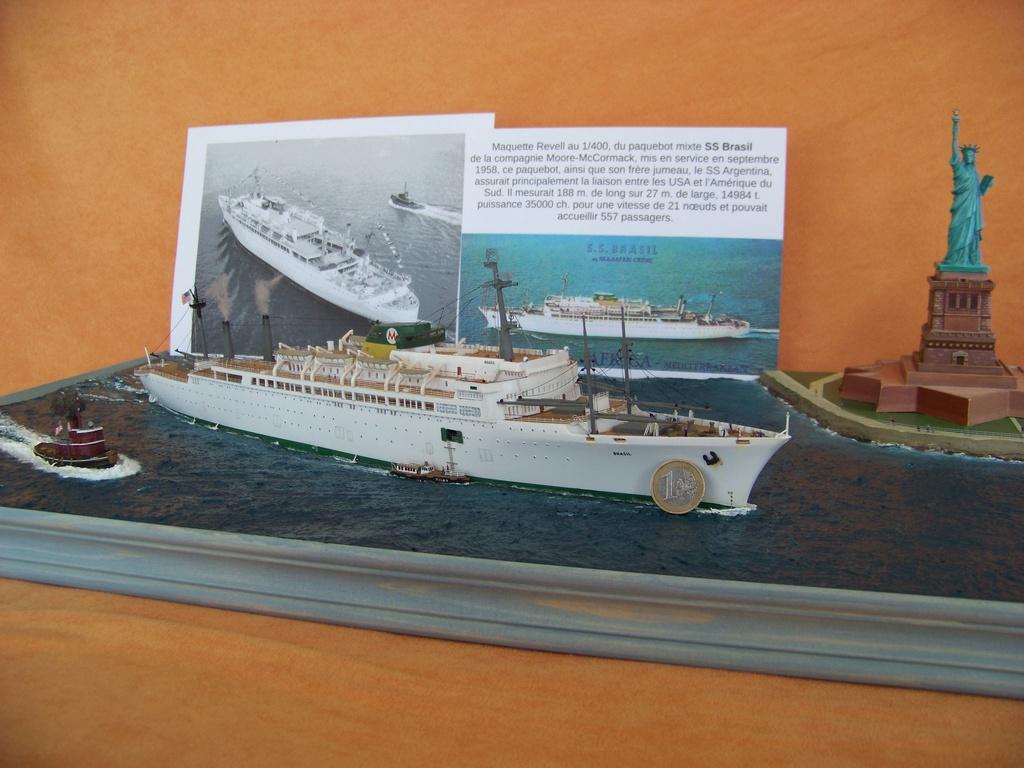 Dio : Arrivée à NYK du SS Brasil & remorqueur (Revell 1/400°) par PLEF 100_9423