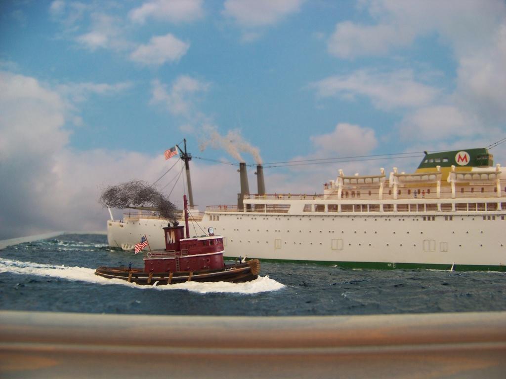 Dio : Arrivée à NYK du SS Brasil & remorqueur (Revell 1/400°) par PLEF 100_9427