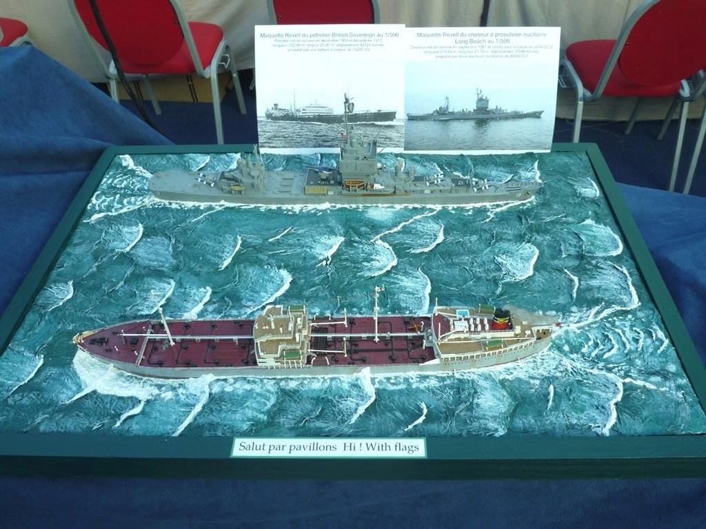 Pétrolier British Sovereign et croiseur nucléaire Long Beach 1/500 Revell Uss_lo12