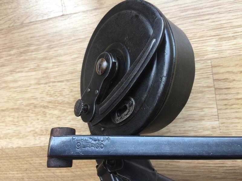 Aide pour démontage chargeur de tambour (escargot). Img_6711