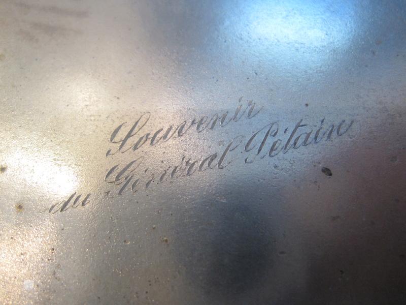 Porte cigarettes avec signature du général ... Img_9818