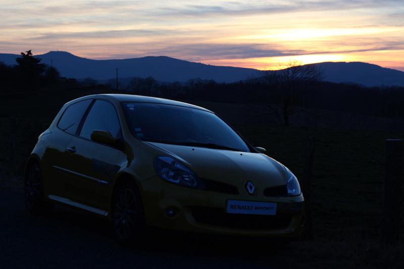 [tonlu]Clio 3 RS F1 team (R27) - Page 4 2eamov10