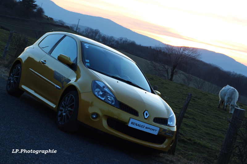 [tonlu]Clio 3 RS F1 team (R27) - Page 4 Mts6f710