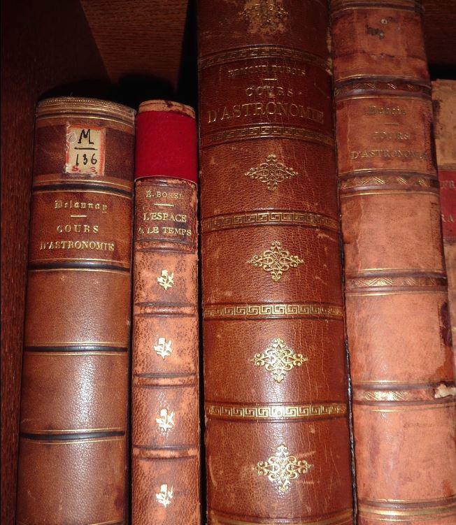 Carte du ciel et livre astronomique de 1880  1a10