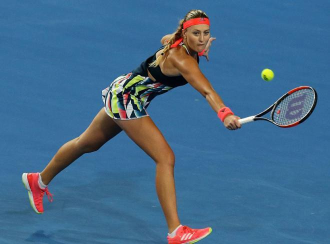 Maria Sharapova is back  - Pagina 2 Kristi10