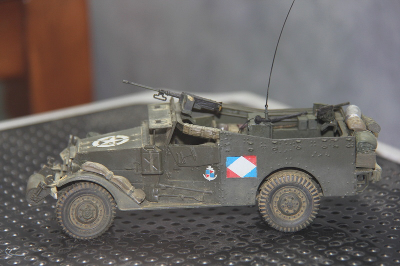 White scout car M3A1 RICM  9eme DIC -binôme de la coloniale 00116