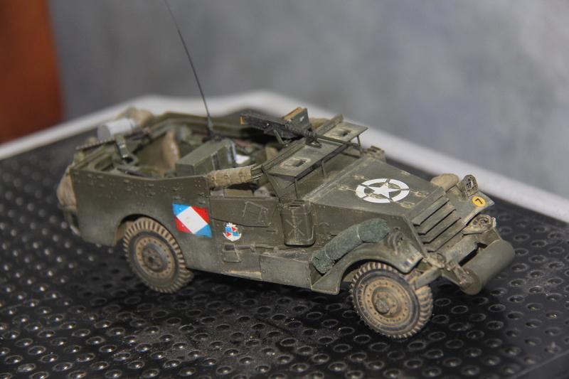 White scout car M3A1 RICM  9eme DIC -binôme de la coloniale 00315