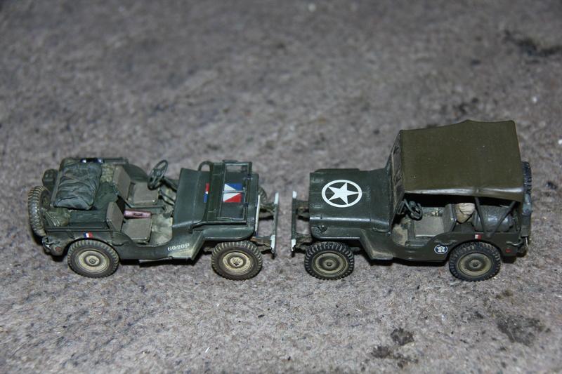 Jeep de cinéma finie et duo de petites françaises - Tamiya 1/35 01011