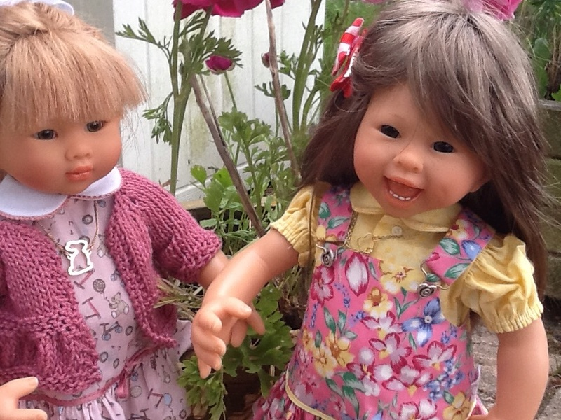 Eléanor présente ses copines : Sandy et Joséphine ,(21/05) Image27
