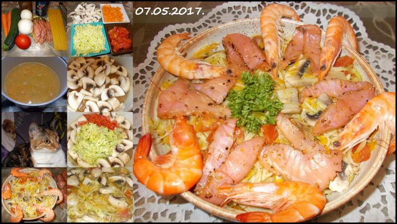 Spaghettis aux légumes.saumon fumé.poivrer. Spague10