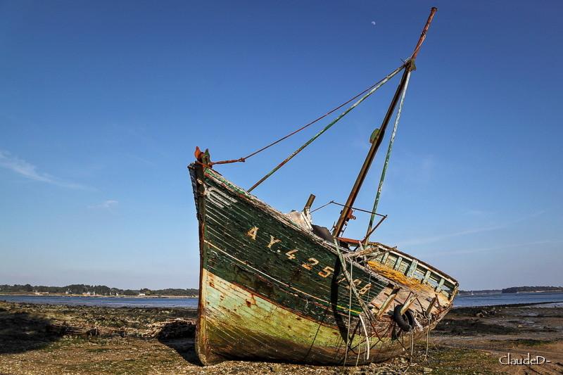 Fin de vie .... Cimetières de bateaux .... - Page 9 Stromb10