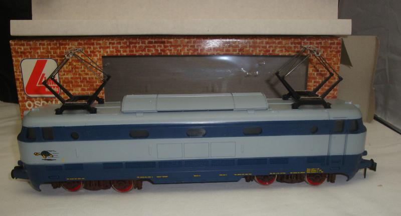 Les boites d'emballage des trains Lima à l'échelle 1/45. _57_1_10