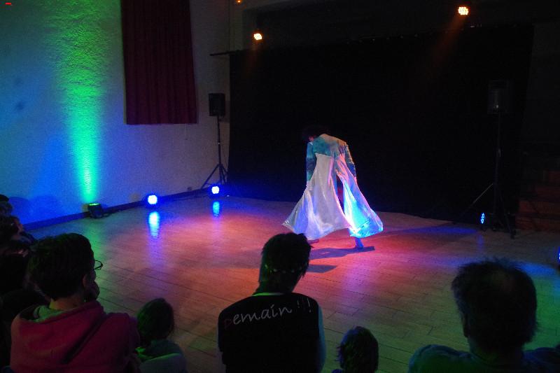 Kevin Naran danse à Muron Imgp0012
