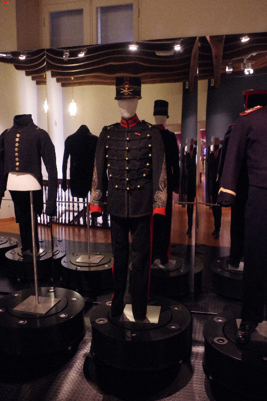 Le musée de la Marine vous taille un costume! Imgp8218