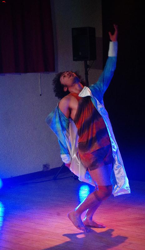 Kevin Naran danse à Muron Imgp9910