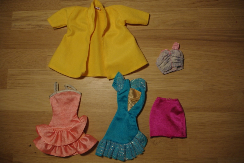 Des habits et autres trucs inconnus Barbie11