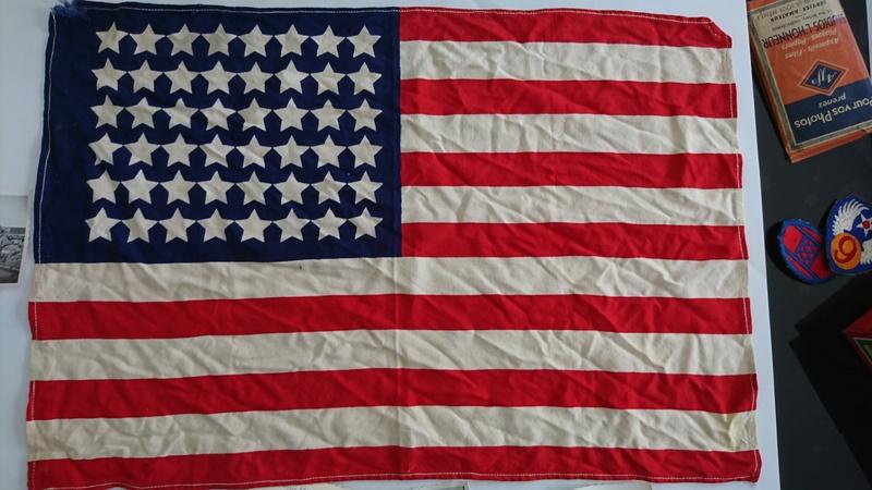 Infos sur petit drapeau Us ww2  Dsc_0310