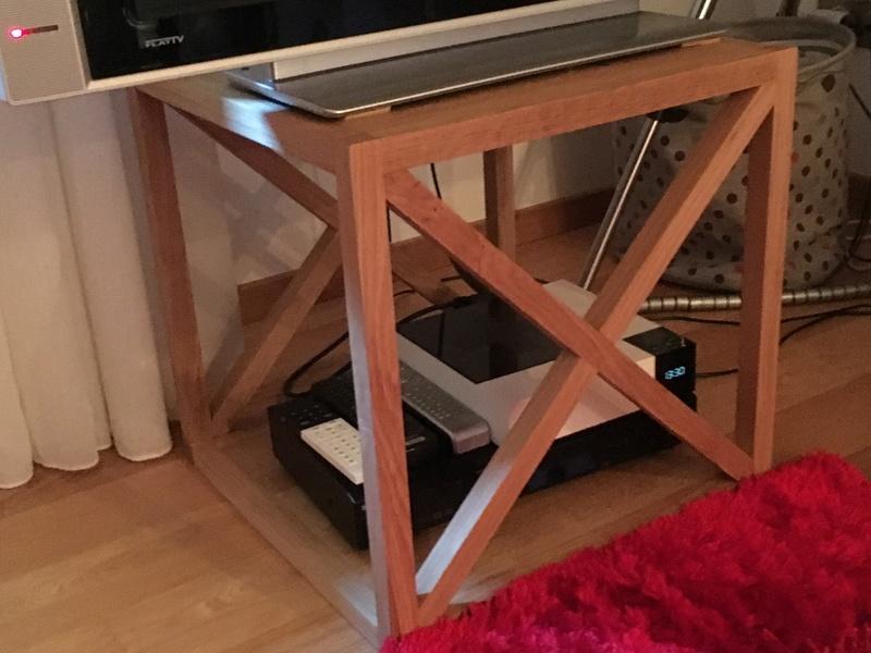 Petit meuble télé Img_1818