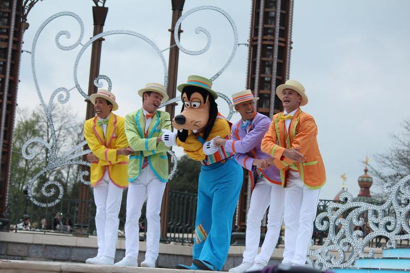 Vos photos avec les Personnages Disney - Page 38 Img_9915