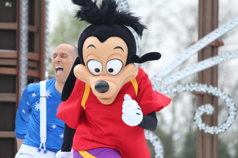 Vos photos avec les Personnages Disney - Page 38 Img_9918