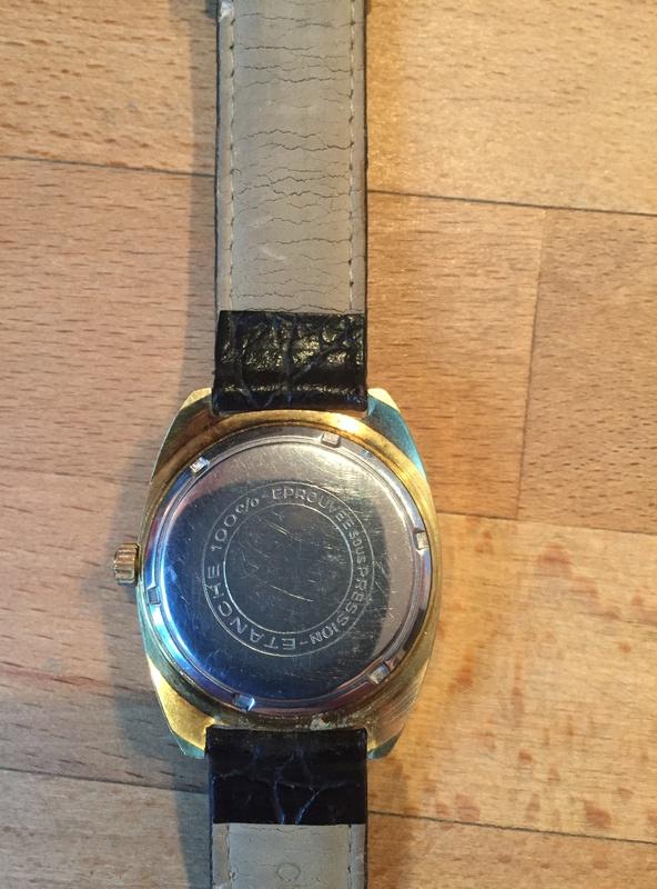 Jaeger -  [Postez ICI les demandes d'IDENTIFICATION et RENSEIGNEMENTS de vos montres] - Page 40 Img_2810