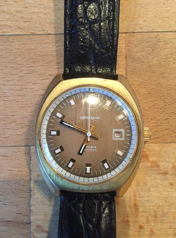 Jaeger -  [Postez ICI les demandes d'IDENTIFICATION et RENSEIGNEMENTS de vos montres] - Page 40 Img_2811