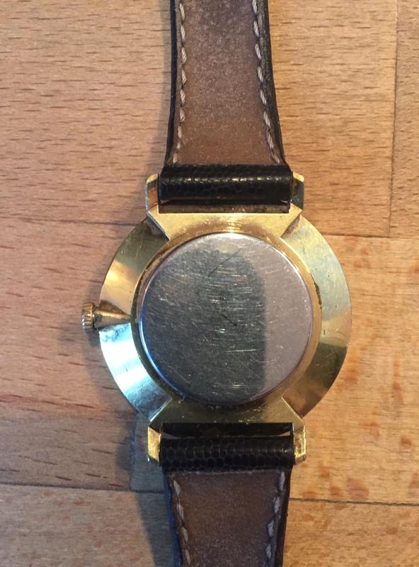 Jaeger -  [Postez ICI les demandes d'IDENTIFICATION et RENSEIGNEMENTS de vos montres] - Page 40 Img_2814