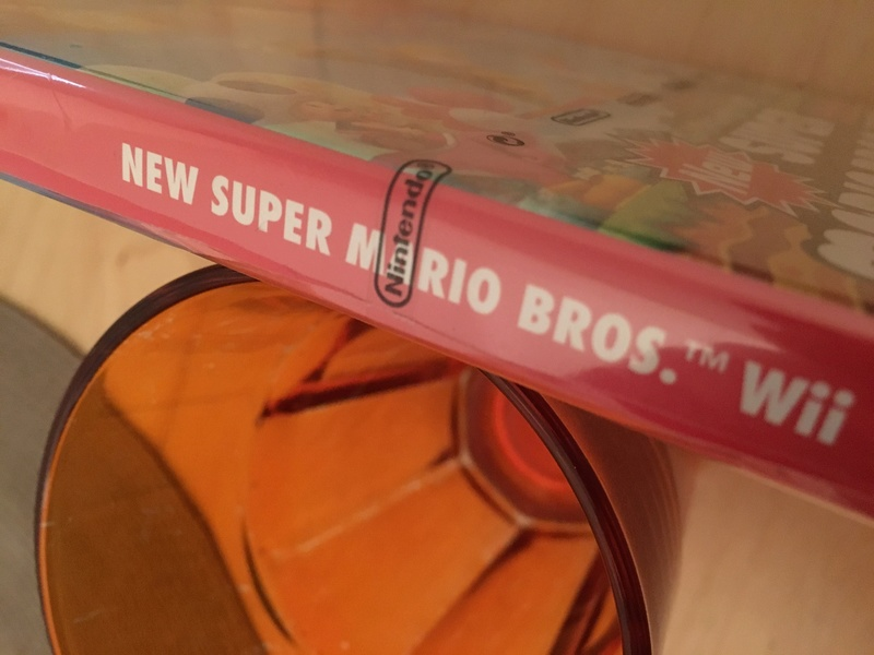 Découverte sur blister wii New super Mario Bros  Img_9610