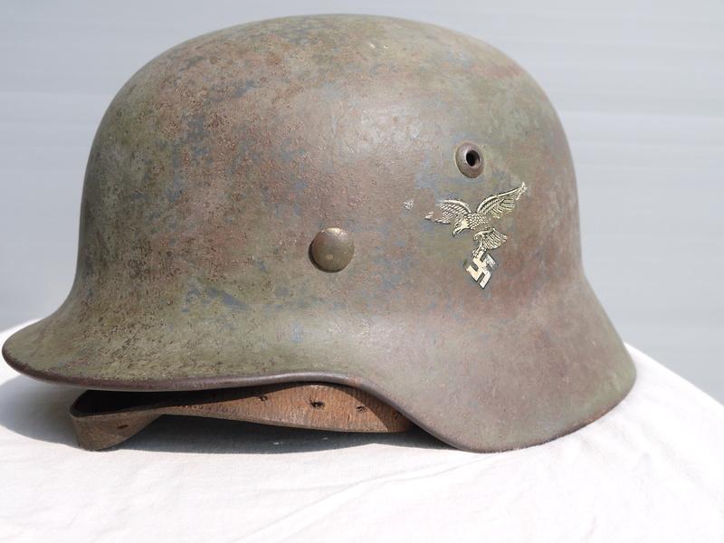 M35 Luftwaffe aigle 1 er type cam 2 tons Le frère du tien Bruenor! P1050414