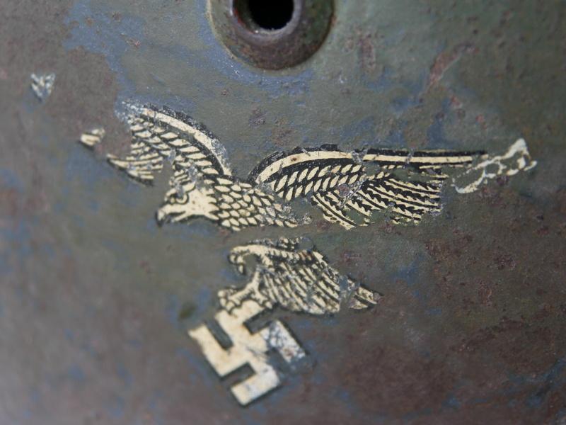 M35 Luftwaffe aigle 1 er type cam 2 tons Le frère du tien Bruenor! P1050432