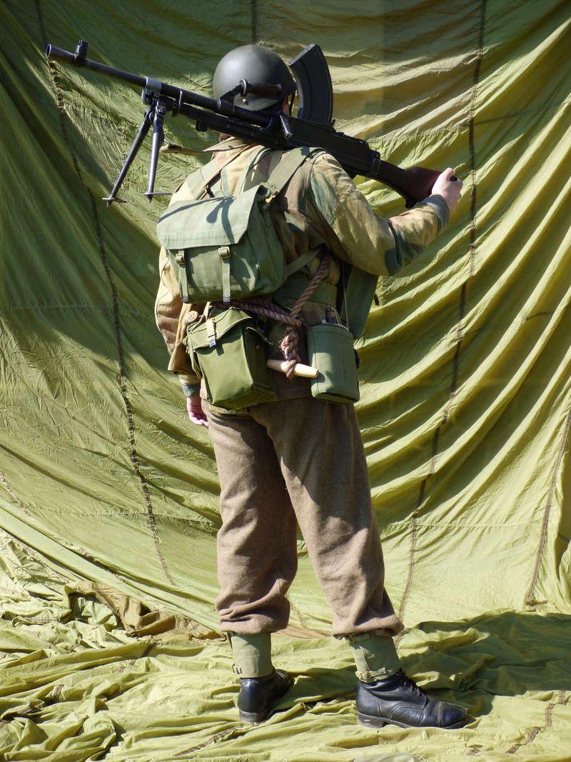 [Royaume-Uni] Bren gunner n°1 de Bren Group, Glider du Royal Ulster Rifles Regiment, Allemagne (Mars 1945) P1040211