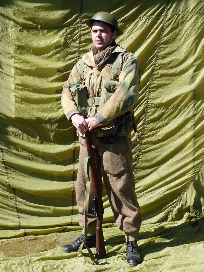 [France] Matelot du N°4 Commando, 1er BFMC, pendant la prise de Flessingue, Hollande (1er Novembre 1944) P1040316