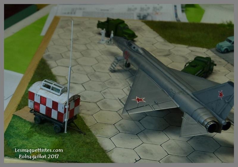 Lavochkin LA  250 Anaconda. Le diorama - Page 6 006_8018