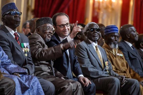 Des tirailleurs africains  retrouvent la nationalité Francaise  Hollan10