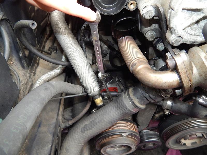 [ BMW E46 320d M47 an 1998 ] problème forte odeur clim (résolu) 811