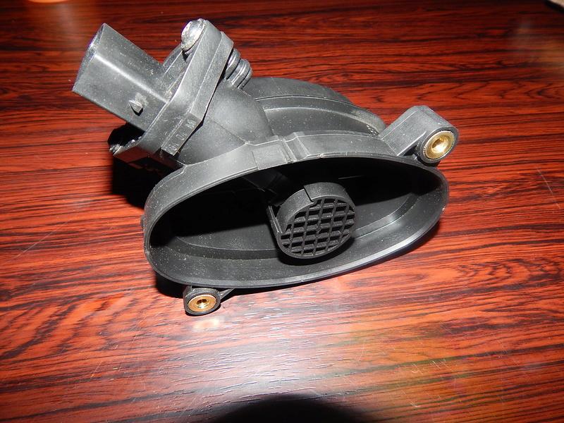 [ BMW E46 320d M47 an 1998 ] Capteur ou débitmètre ? Dscn4210