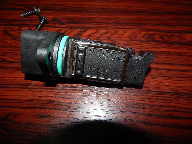 [ BMW E46 320d M47 an 1998 ] Capteur ou débitmètre ? Dscn4213