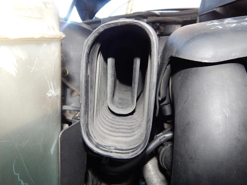 [ BMW E46 320d M47 ] Manchon réducteur air Dscn4610