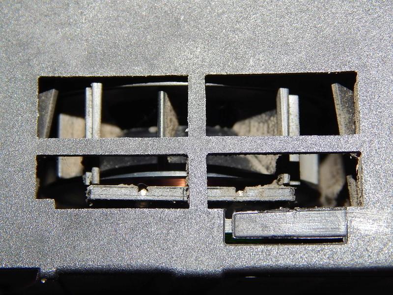 [ BMW E46 320D ] Capteur température habitacle (résolu) Dscn5014