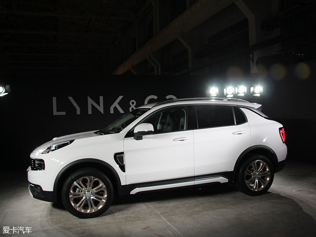2017 - [Lynk&Co] 01 SUV - Page 2 640_4819