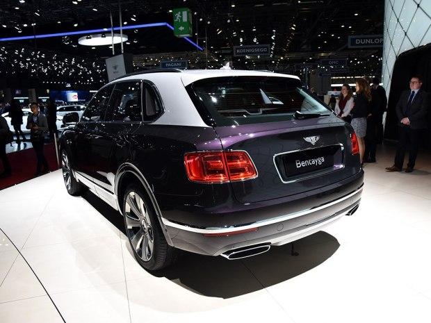 2015 - [Bentley] Bentayga - Page 11 Autoho11