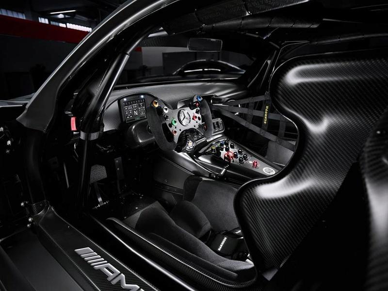 2014 - [Mercedes-AMG] GT [C190] - Page 30 Merce156