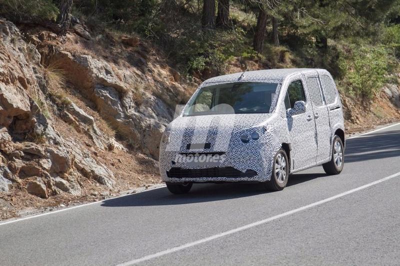 2018 - [Peugeot/Citroën/Opel] Rifter/Berlingo/Combo [K9] - Page 4 Peugeo27