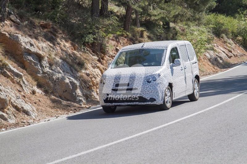 2018 - [Peugeot/Citroën/Opel] Rifter/Berlingo/Combo [K9] - Page 4 Peugeo28