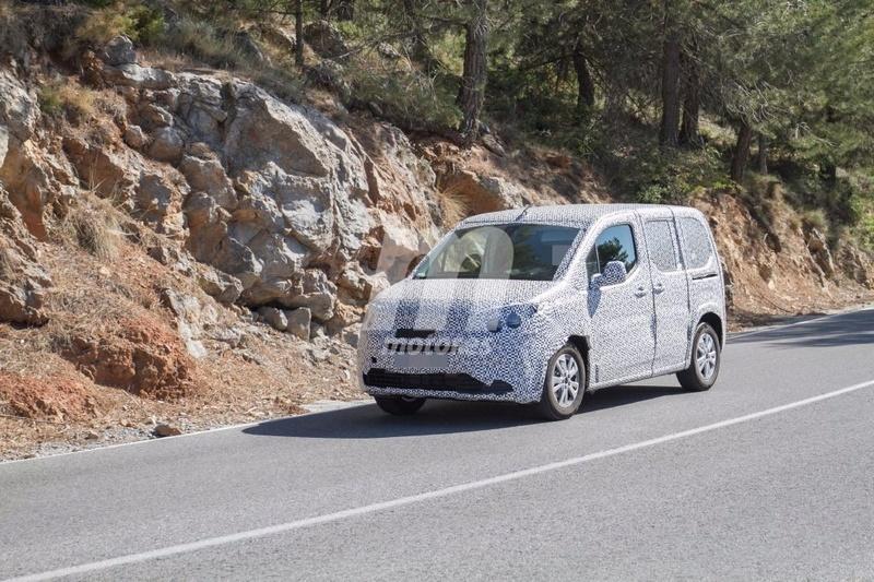 2018 - [Peugeot/Citroën/Opel] Rifter/Berlingo/Combo [K9] - Page 4 Peugeo29
