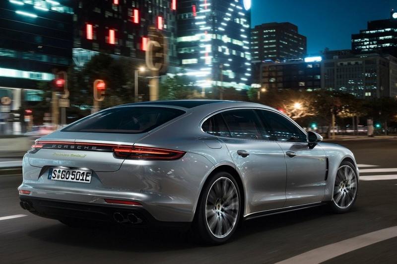 2016 - [Porsche] Panamera II - Page 14 S11yp210