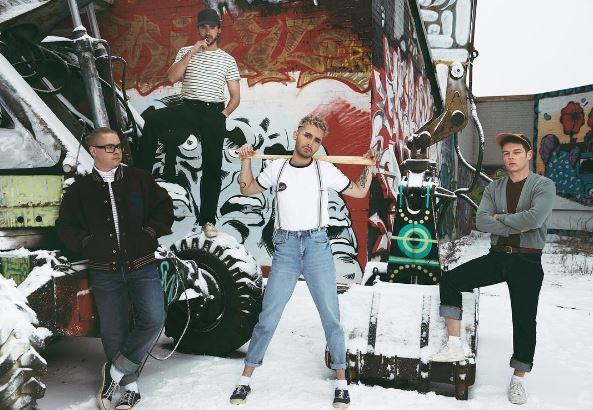 Tokio Hotel [groupe allemand - chansons anglaises) Captur10